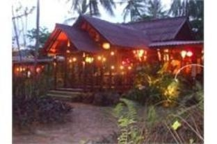 Emerald Bungalow Resort