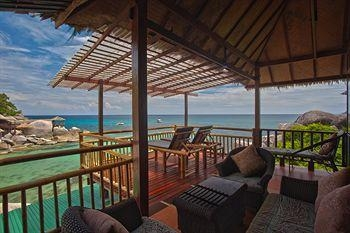 Charm Churee Villa Rustic Resort & Spa