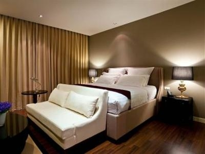 Rongratana Executive Residence Hotel
