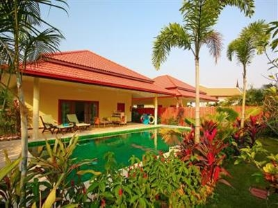 Thai Thani Pool Villa Resort